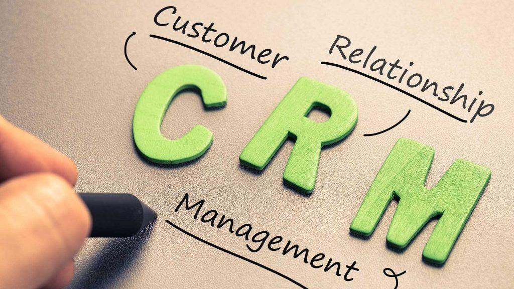 phần mềm CRM là một chiếc cầu nối lý tưởng giữa doanh nghiệp và khách hàng.